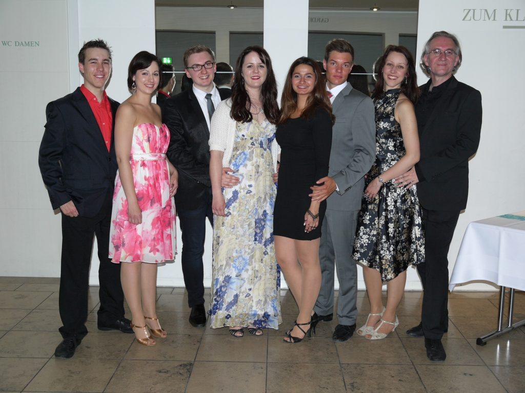Das Tanzlehrerteam im Sommer 2016: Andi, Magdalena, Tim, Dani, Beyza, Philipp, Conny, Robert